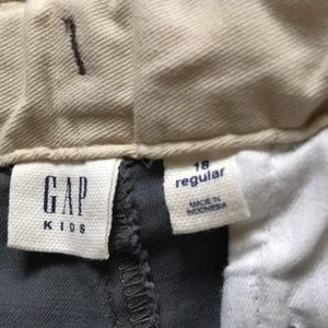 GAP Bottoms - BRAND NEW Gap 18 Youth Pants Great Condition
